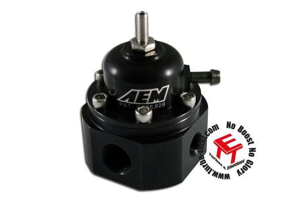 AEM Einstellbarer Universal Benzindruckregler 25-302BK